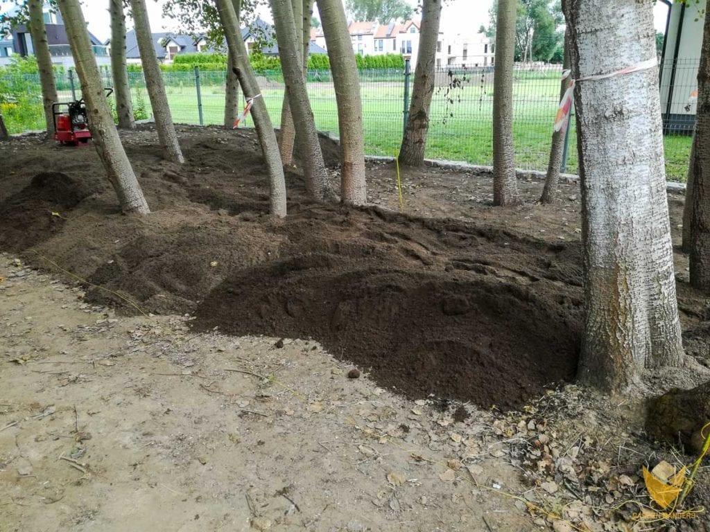 przygotowywanie-spadku-terenu-pod-strumień